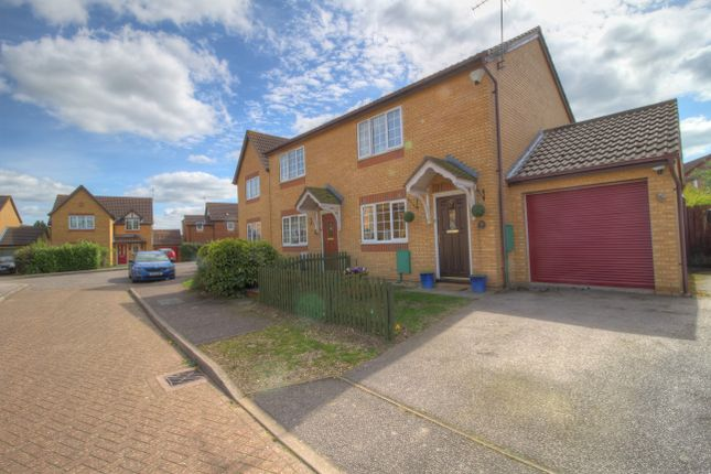 Thumbnail Semi-detached house for sale in Kippell Hill, Olney