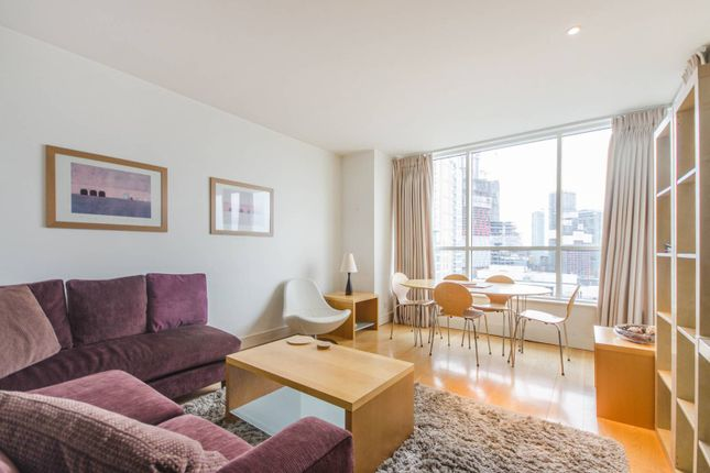 Thumbnail Flat to rent in Belgrave Court, Canary Wharf