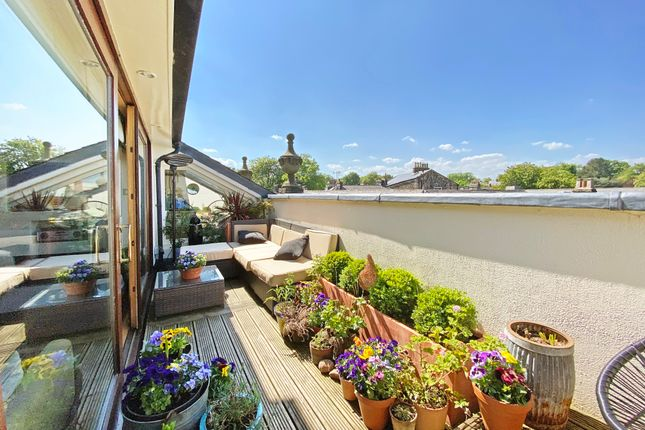 Thumbnail Flat for sale in Crescent Road, Harrogate, North Yorkshire