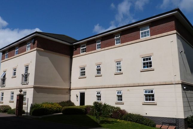 Thumbnail Flat for sale in Pampas Court, Tuffley, Gloucester