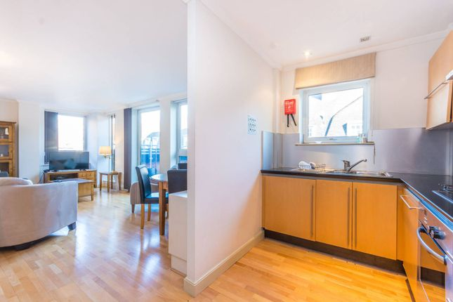Thumbnail Flat to rent in High Holborn, Bloomsbury