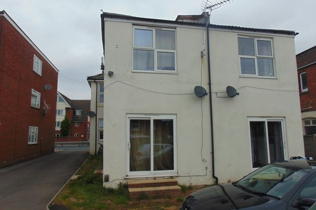 Thumbnail Semi-detached house to rent in Bellevue Road, Southampton