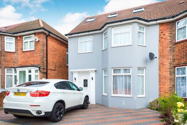Front of Vivian Avenue, Wembley, Middlesex, England HA9