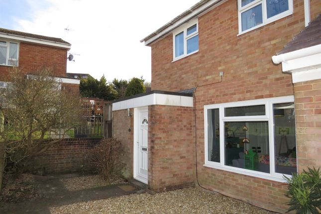 4 bed end terrace house for sale in Scott Close, Kings Somborne, Stockbridge SO20