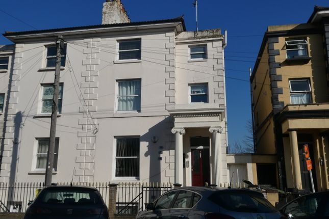 1 bed flat to rent in Pier Road, Northfleet, Gravesend DA11
