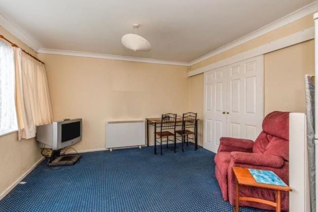 Picture No.15 of Sheppey Beach Villas, Manor Way, Leysdown-On-Sea, Sheerness ME12