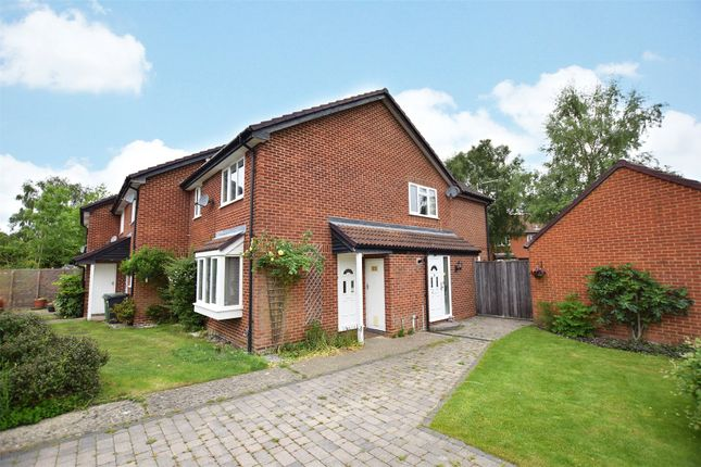 1 bed end terrace house to rent in Cheylesmore Drive, Frimley, Camberley, Surrey GU16