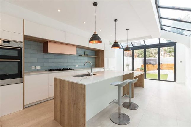 Thumbnail Terraced house to rent in Crabtree Lane, London