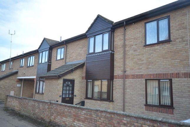 Thumbnail Flat for sale in Old Road, Clacton-On-Sea