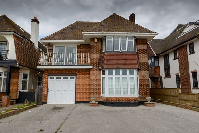 Thumbnail Detached house to rent in Chalkwell Esplanade, Westcliff-On-Sea