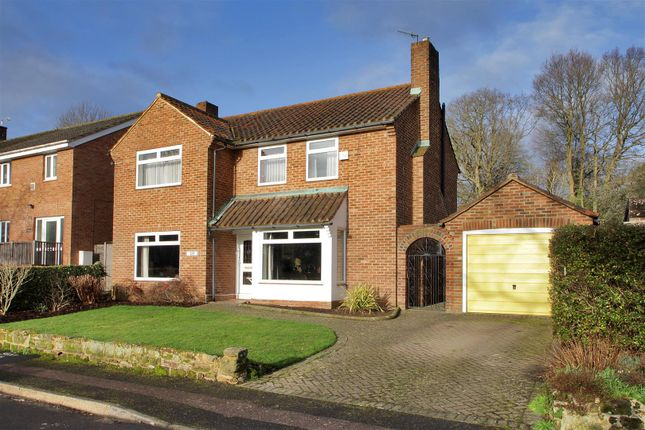 Thumbnail Detached house for sale in Hadlow Road, Tonbridge