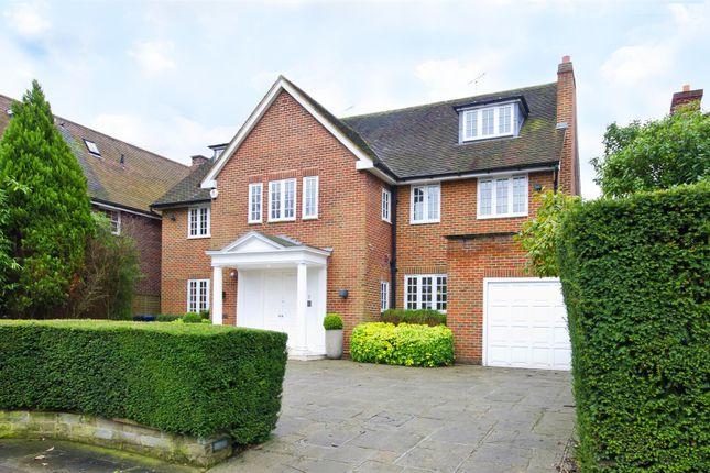 Thumbnail Property to rent in Winnington Close, Hampstead Garden Suburb