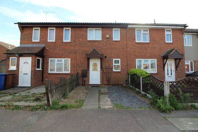 Thumbnail Terraced house to rent in Kipling Avenue, Tilbury