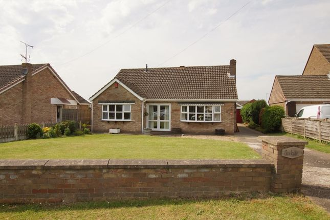 Thumbnail Bungalow for sale in Gainsborough Lane, Scawby, Brigg