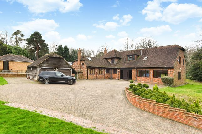 Thumbnail Detached house for sale in Shirley Church Road, Croydon