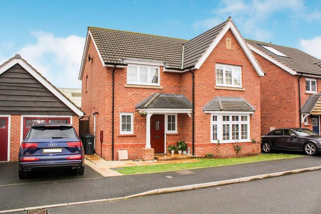 Thumbnail Property to rent in Lower Longlands, Tipton