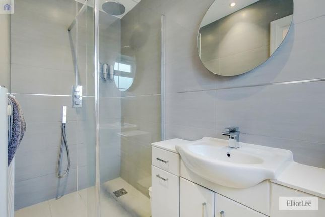 9_Bathroom-0 of Austins Lane, Ickenham, Uxbridge, Greater London UB10