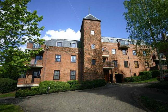 Thumbnail Flat to rent in Roxborough Park, Harrow On The Hill, Middlesex