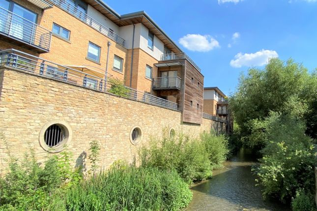 Thumbnail Flat for sale in Empress Court, Oxford, Oxfordshire, United Kingdom