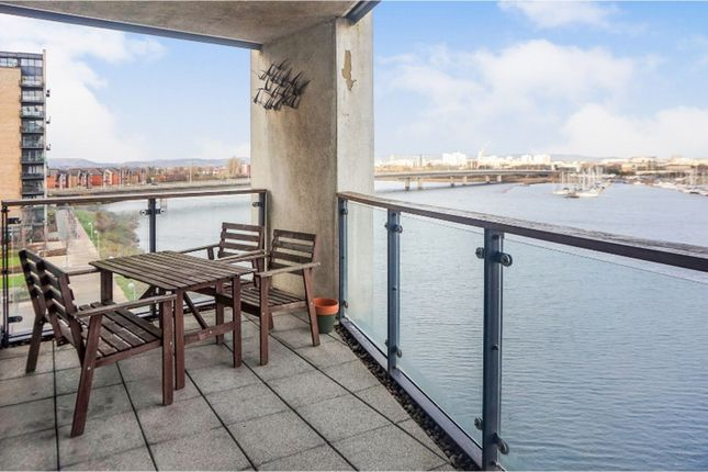 2 bed flat to rent in Prospect Place, Cardiff Bay CF11