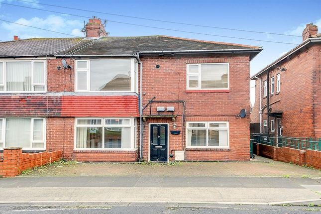 Thumbnail Flat to rent in Balkwell Avenue, North Shields