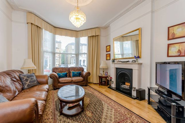 5 bed property to rent in Rosendale Road, West Dulwich