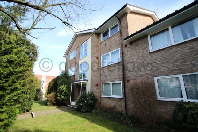 Thumbnail Flat to rent in Stanley Road, Sutton