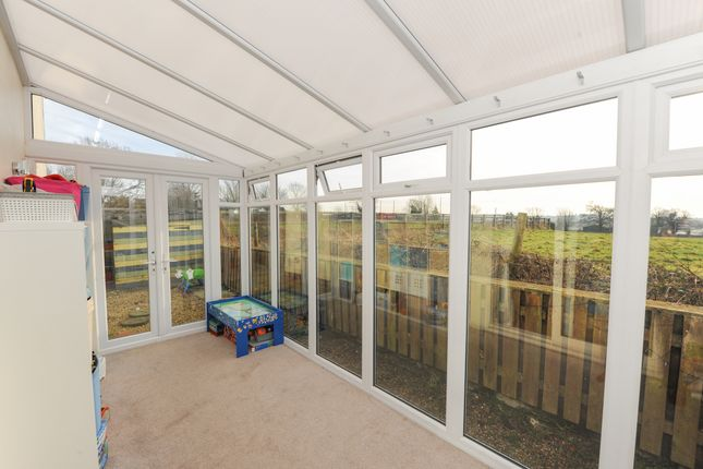 Conservatory of Elm Walk, Pilsley, Chesterfield S45
