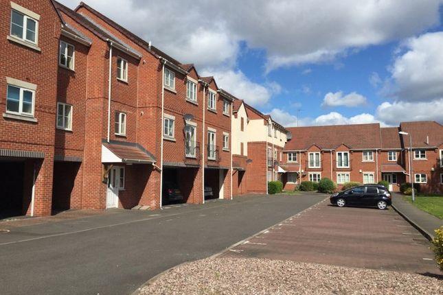 Thumbnail Flat to rent in Raphael Court, Broad Lanes, Bilston