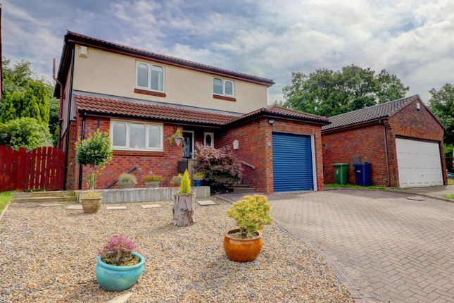 Thumbnail Detached house for sale in Bowes Close, Sunniside, Gateshead