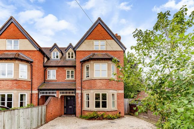 Thumbnail Semi-detached house for sale in Davenant Road, Oxford