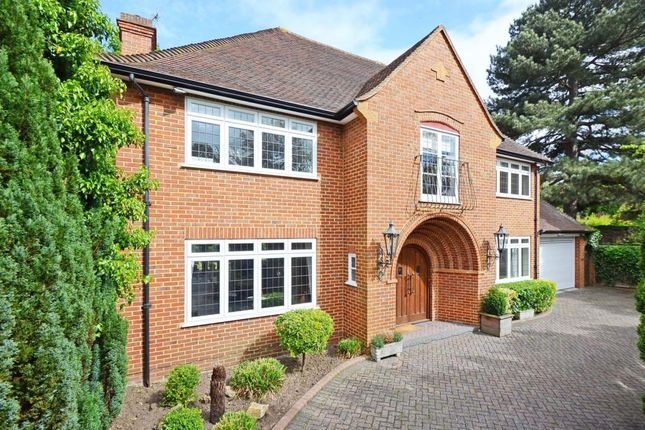 Thumbnail Detached house to rent in Burwood Park Road, Walton On Thames