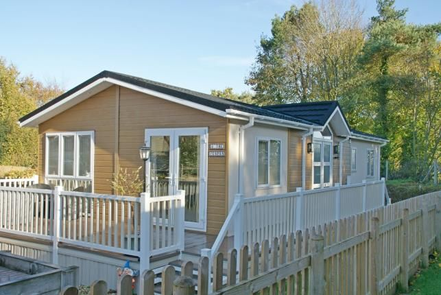 Thumbnail Mobile/park home for sale in Straightway Head, Whimple, Exeter
