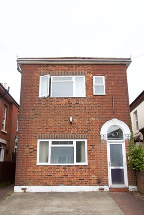 Thumbnail Detached house to rent in Avenue Road, Southampton