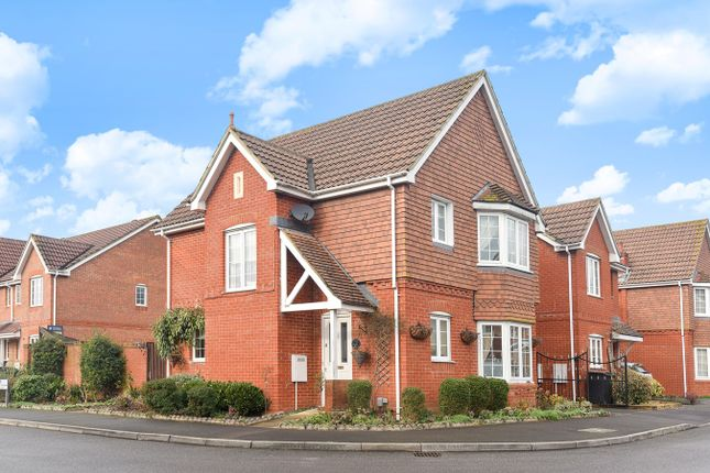 Thumbnail Detached house for sale in Highpath Way, Basingstoke