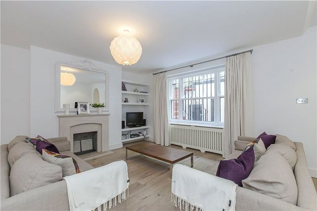 Thumbnail Flat for sale in Kensington Gardens Square, London
