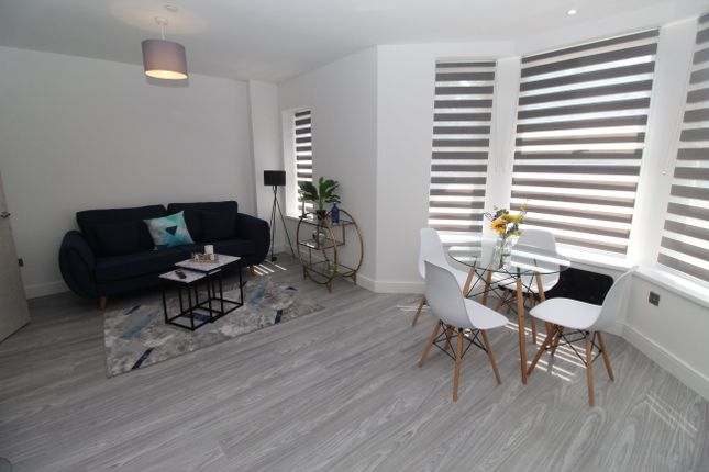 Thumbnail Flat to rent in Albany Road, Roath, Cardiff