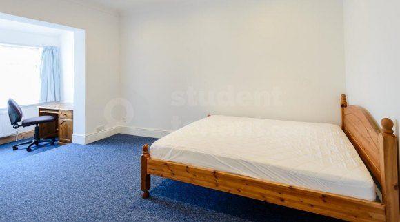 140 Alder Road - Room 7 (Af)