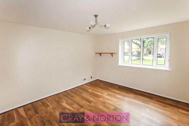 Thumbnail Flat to rent in Burnham Gardens, Croydon
