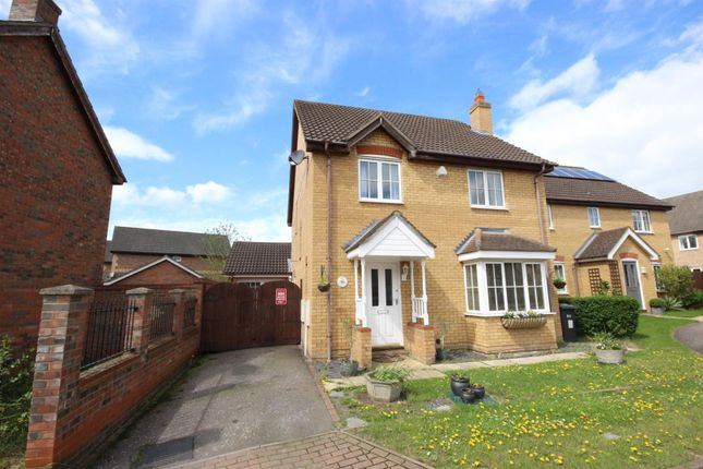 4 bed detached house for sale in Thor Drive, Bedford
