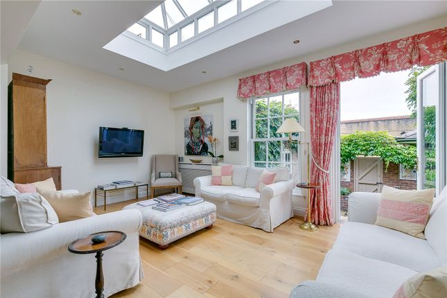 Thumbnail Terraced house for sale in Cambria Street, London