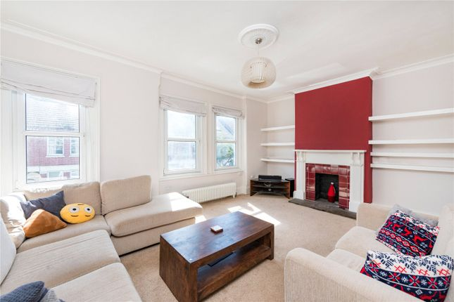 Thumbnail Flat to rent in Coverton Road, London