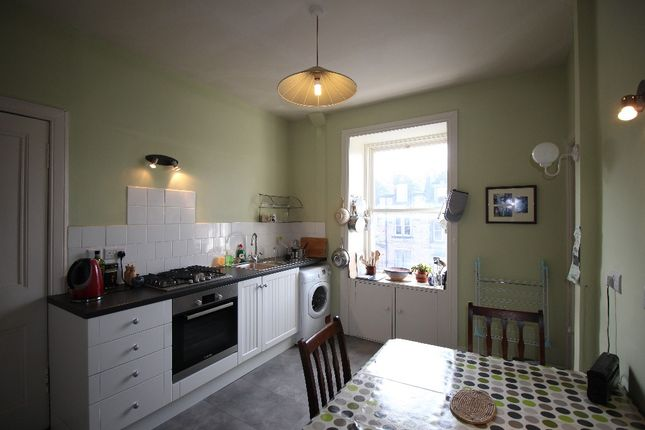 Thumbnail Flat to rent in Roseneath Place, Marchmont, Edinburgh