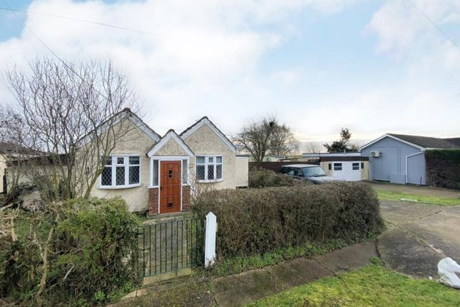 1 bed bungalow for sale in Fobbing, Stanford Le Hope, Essex SS17
