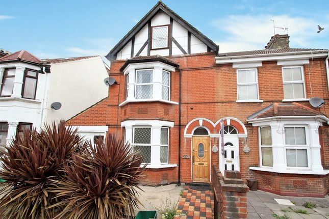 Thumbnail Semi-detached house to rent in Riverdale Road, Erith