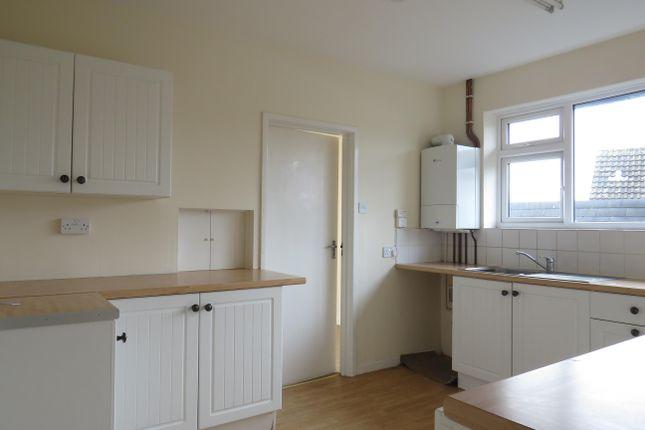 Thumbnail Flat to rent in Glenthorne Avenue, Yeovil