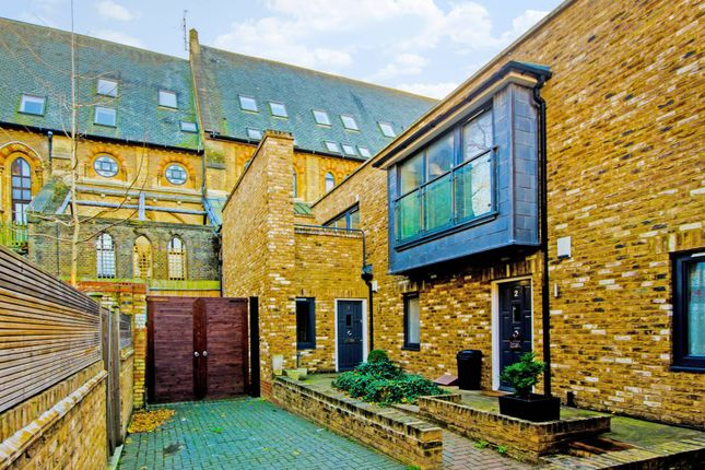 Thumbnail Property to rent in Brides Mews, Barnsbury
