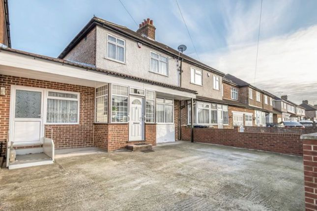 Thumbnail Terraced house to rent in North Road, Southall