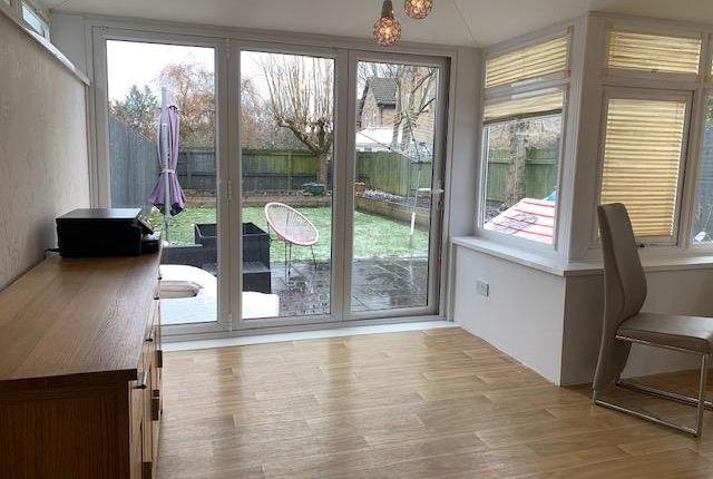 3 bed semi-detached house to rent in Edward Clarke Close, Llandaff, Cardiff CF5