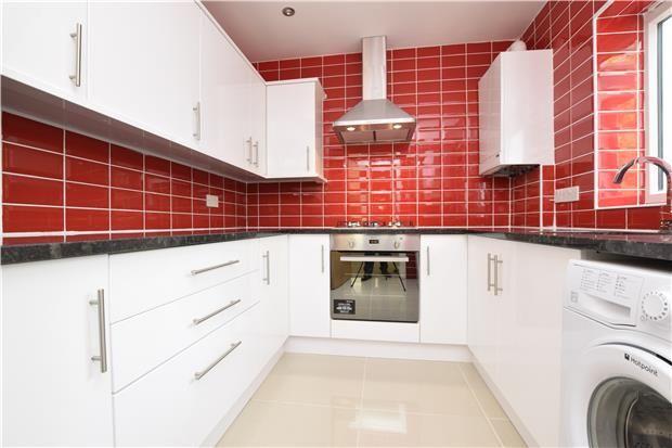Thumbnail Property to rent in Chislehurst Road, Orpington, Kent